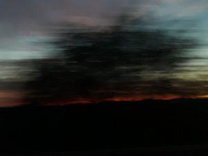 Sombras que ahúman el horizonte