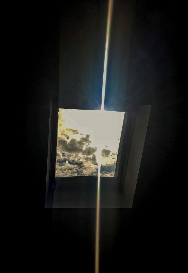 una ventana, un rayo de luz, una cura de humildad, covid-19
